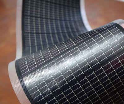 Célula fotovoltaica de película fina